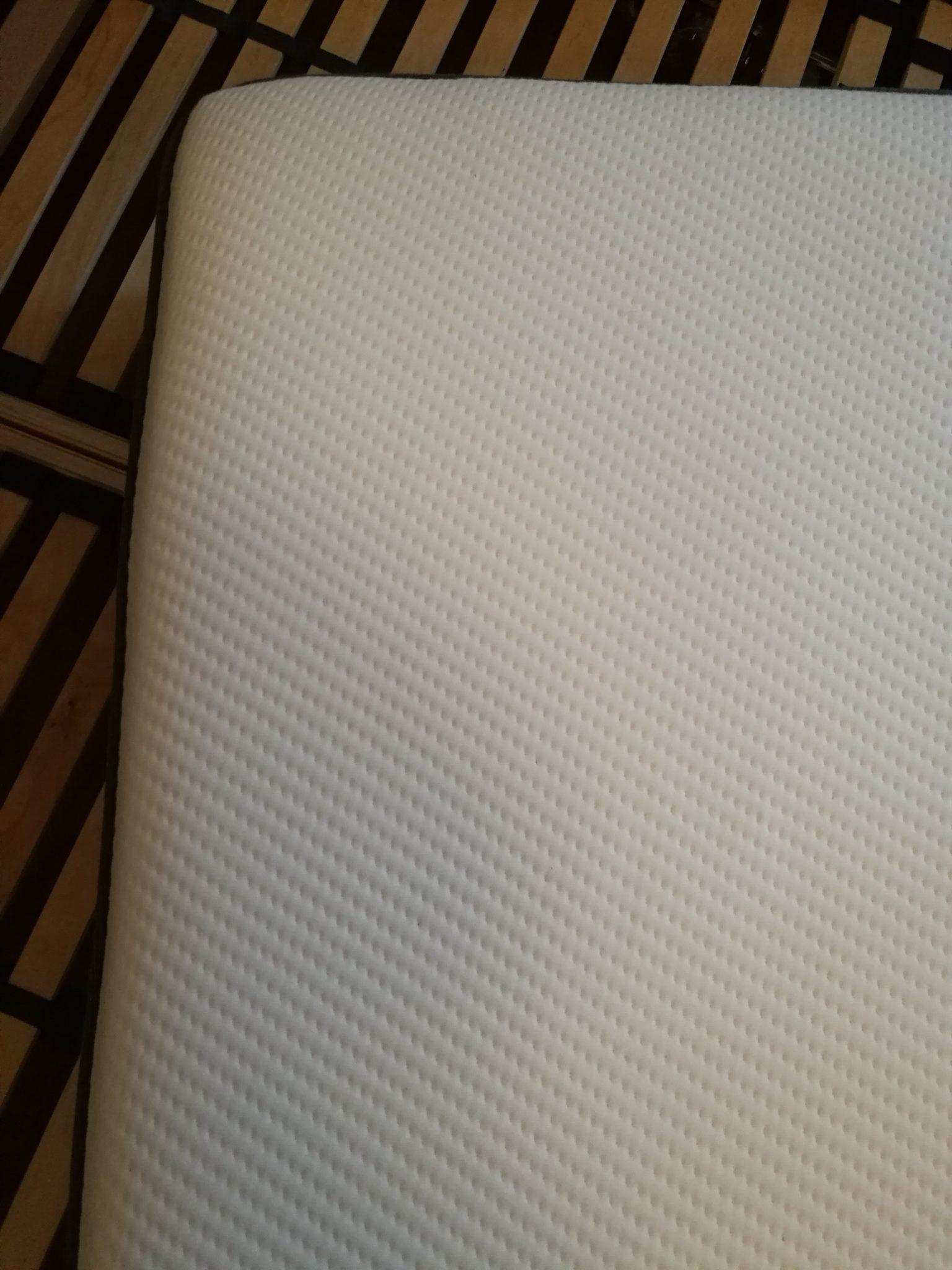 casper von oben optimales das beste kopfkissen f r dich. Black Bedroom Furniture Sets. Home Design Ideas